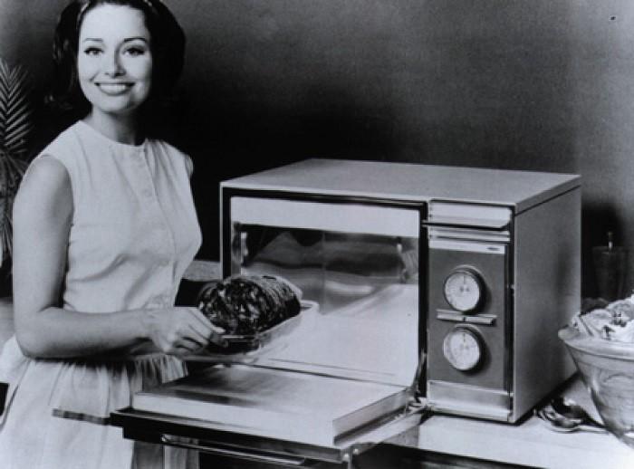 История создания микроволновой печи